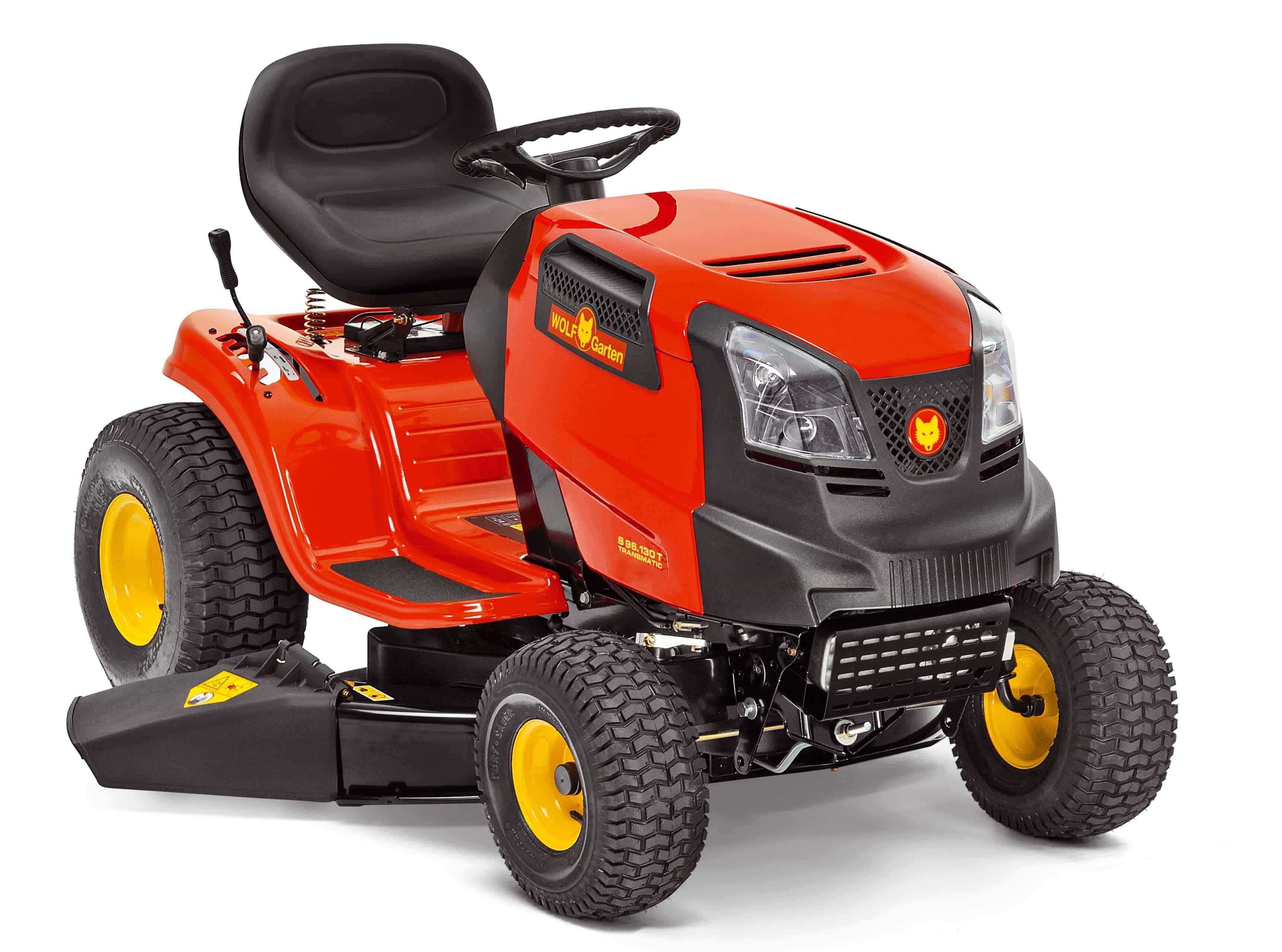 Trávny traktor s bočným vyhadzovaním 96.130 T